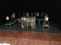 théâtre en résidence; lycée henri avril; première l,enfermement